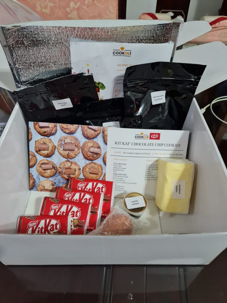 The baking kit from COOKIN1